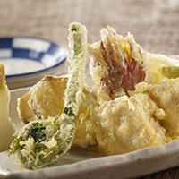 魚貝と季節野菜の天ぷら盛り合わせ